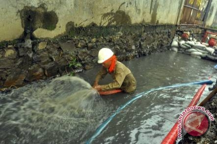 Mukomuko usulkan normalisasi lima saluran air