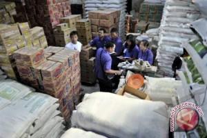 Gubernur Sumsel minta pusat tambah barang kebutuhan pokok