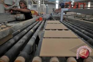 Kemenperin lindungi industri keramik dari serbuan impor