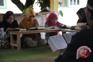 Babinkamtibmas di Aceh harus bisa mengaji
