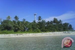 Pulau Tikus Bengkulu dipadati wisatawan