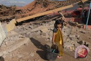 Korban tewas dari gempa Ekuador lebih dari 650 orang