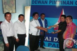 Husni ambil formulir calon wawako Palembang