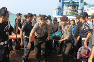 Lantamal tambah kapal cari korban tenggelam