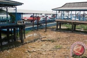 Sungai Musi Menyusut