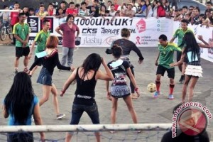 Timnas sepakbola Indonesia vs Waria