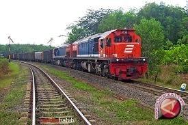 Warga Sukajadi tewas tertabrak kereta api