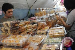 Penjualan kue meningkat 10 persen jelang Imlek