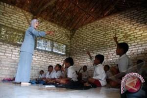 Sekolah kejuaruan di Prancis belajar tentang Indonesia