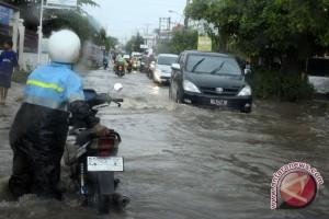 Perbaikan drainase atas banjir di Kota Palembang