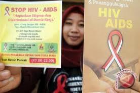 Ibu rumah tangga rentan terpapar HIV/AIDS