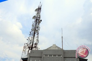 Dishubkominfo tindak pengusaha dirikan tower tanpa izin