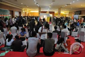Dua tahun pemerintahan Jokowi-JK pengangguran berkurang