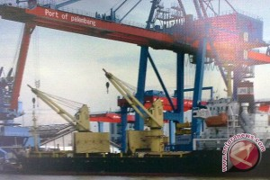 Pengiriman mobil provit melalui pelabuhan Palembang diminati