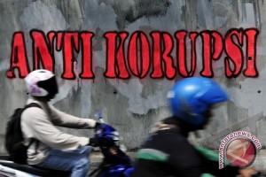 Kejari OKU sebar ratusan stiker anti korupsi