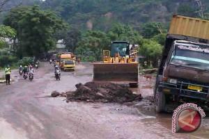 Jalintim Sumsel hingga perbatasan Lampung rusak parah