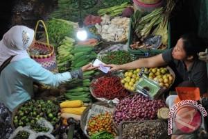 Transaksi di Pasar Tradisional
