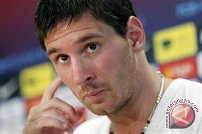 Messi bawa Barca masuk delapan besar