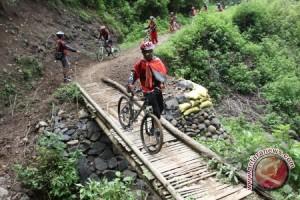 Mendes-PDTT serahkan 10 anugrah desa wisata terbaik