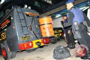 Gegana evakuasi bom rakitan di Aceh barat