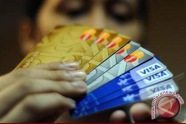 Aprindo: Gesek kartu dua kali percepat layanan