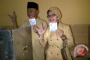 Calon Wali Kota Sarimuda nyoblos di TPS 32
