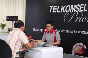 Telkomsel hadirkan mobile banking expo di Palembang