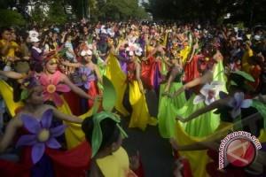 Kota Malang pecahkan rekor dunia menari