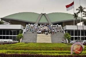 Parlemen dan dua tahun pemerintahan Jokowi-JK