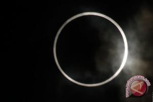 Sumsel kebagian fenomena langkah gerhana matahari cincin