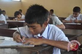 Ujian Nasional SD diikuti 144.763 orang