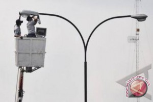 Kabupaten OKU  dapat  bantuan 50 tiang lampu penerangan jalan