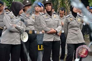 Kapolri bisa antisipasi dana penyediaan jilbab