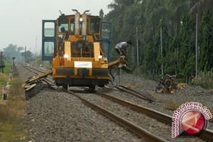 Jambi susun trase kereta api trans-Sumatera