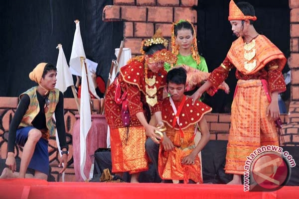 Wisata Palembang `Sudirman Walk`tampilkan atraksi seni