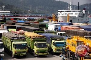 H-4 truk dilarang masuk pelabuhan merak