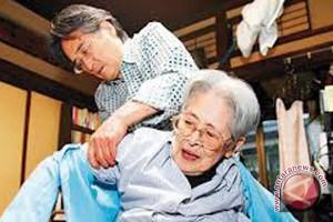Wanita jepang rebut angka harapan hidup tertinggi