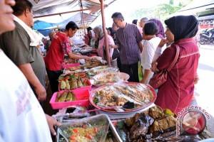 Masyarakat biasakan konsumsi makanan sehat
