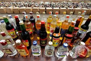 Polsek amankan puluhan botol minuman keras