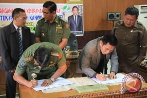 Pelayanan terpadu Muara Enim percontohan di Indonesia