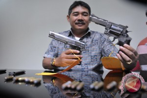 Propam Polresta Palembang periksa senjata api anggota
