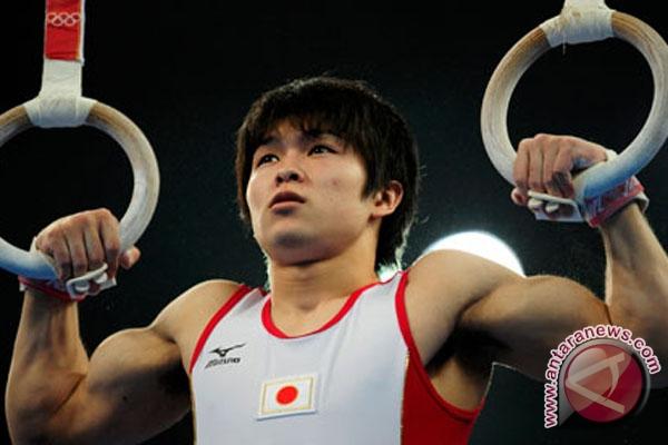 Uchimura juara dunia senam keempat kalinya
