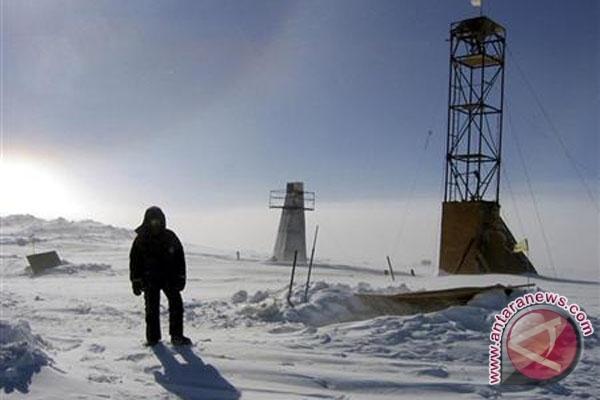 Niat pecahkan rekor, remaja California jelajahi Antartika