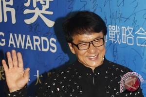 Jackie Chan bentuk boyband JJCC