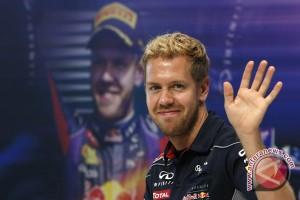 Vettel tegaskan bertahan di Ferrari
