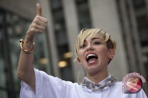 Miley Cyrus jadi selebriti paling dicari di Yahoo