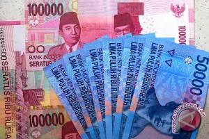 Nilai tukar rupiah Jumat sore melemah menjadi Rp13.229