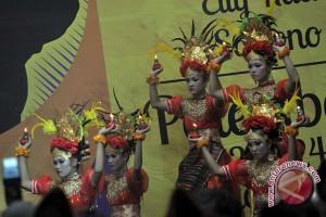 Legislator sarankan Disbudpar kembangkan budaya daerah