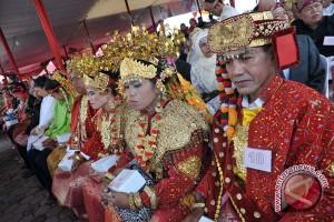 Puluhan pasangan suami istri istbat nikah