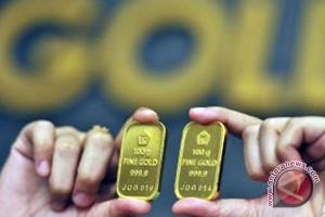 Emas turun jelang pidato para pejabat Fed AS